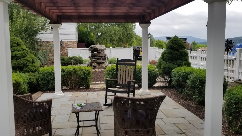 Top Rock Design & Landscape – Milton – Pennsylvania